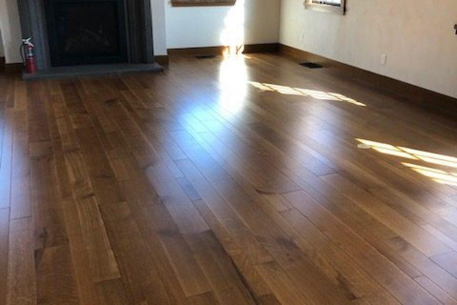 Random Width Select Grade Oak