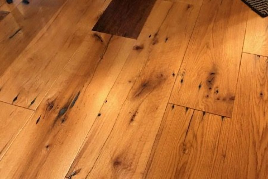 10″ Wide Plank Reclaimed Oak